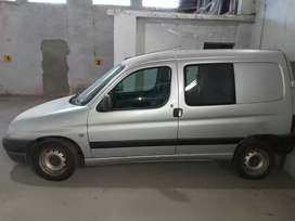 Vendo Citroen Berlingo Diésel 2005.
