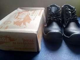 Vendo botas industriales, Dieléctricas