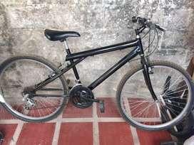 Bicicleta color negro