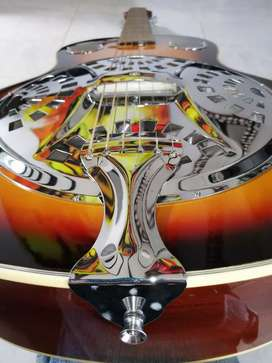 Guitarra DOBRO una joya, resonador o RESONATOR marca FREEMAN totalmente nueva electroacustica folk folck