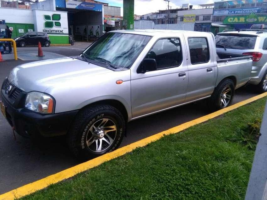 Vendo Permuto Nissan Frontier    4x2 0