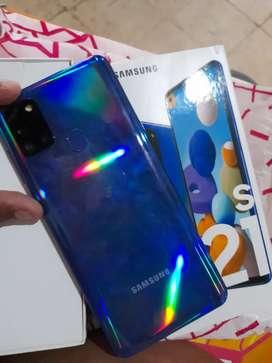 Se vende samsung a21s color azul nuevo
