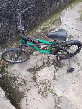 Bicicleta de nene usada