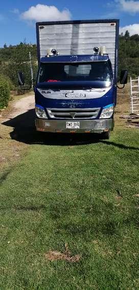 Vendo o permuto camioneta platón