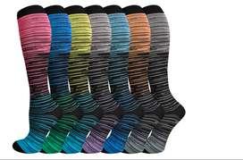 7 pares de calcetines de compresión para hombres y mujeres, hasta la rodilla, cómodos calcetines de compresión transpira