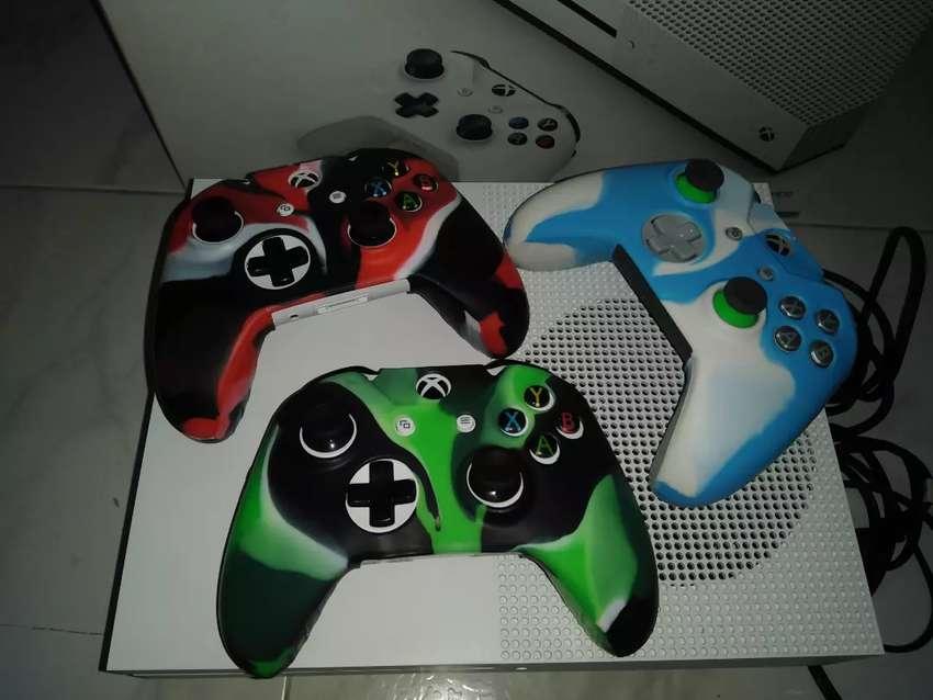 Vendo Xbox One S 0