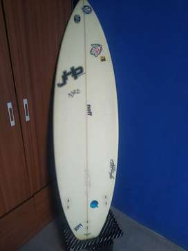 Tabla de Surf XTR 7'C + Pita Komunity+ Funda Volcom