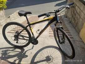 Bicicleta aluminio con accesorios Shimano