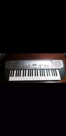 Vendo teclado de 4 octavas