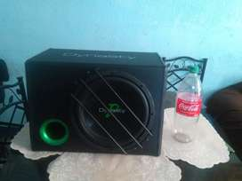 Woofer 12 pulgadas amplificado