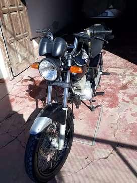 vendo Honda titan modelo 2014