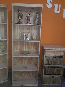 bvarios articulos  :muebles, esantes, chifoniers,placar, vasos y platos parrilla essem y mas