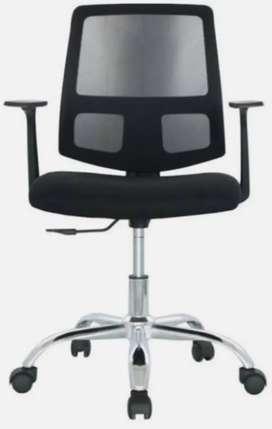 Se vende hermosa silla para oficina o estudio