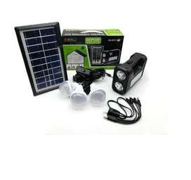 Kit panel solar lámpara 3 bombillos y cargador de celulares