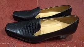 Zapato o tacones bajos Mujer