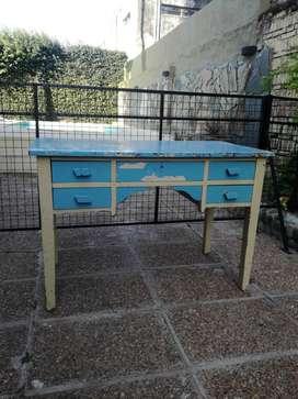 Mueble restaurado estilo vintage
