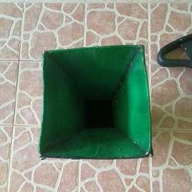 Este jarrón lo construí yo, y lo vendo para adornar su sala