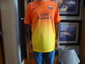 CAMISETA BARCELONA FC ORIGINAL TRAIDA DE USA TALLA L.TOTALMENTE BORDADA