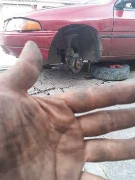 Venezolano Hago trabajo de mecánica ligera todo en tren delantero cambios de banda Zapata  rolimanes etc