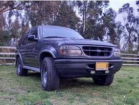 Vendo camioneta ford explorer aventura 97. Perfecto estado