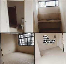 Suite más bodega en sector Bahía Guayaquil