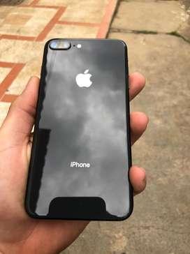 SE VENDE iphone 8 plus muy buenas condiciones caja cargador y audifonos todo original