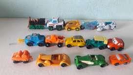 Art 168 Autos Kinder Sorpresa Juguetes en total son 14