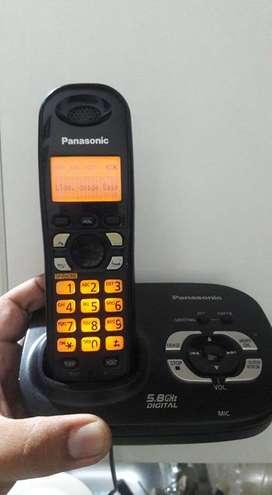Panasonic con contestador automatico, identificador de llamadas y altavoz