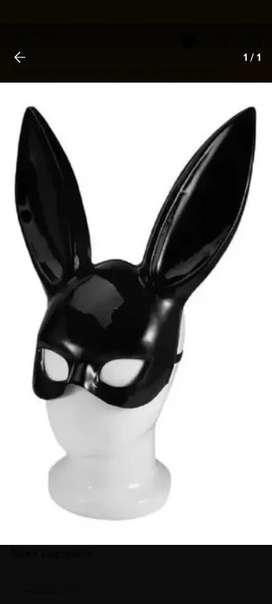 Máscara antifaz conejo