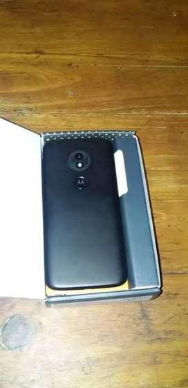Vendo Motorola e 5 play