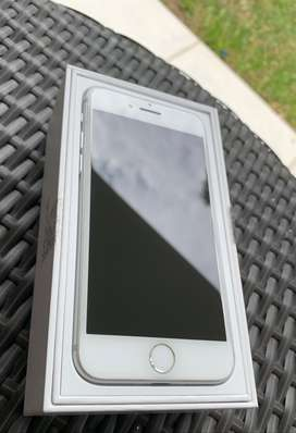 Iphone 7 Silver 32 GB!