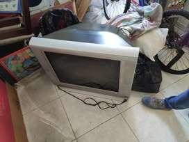 Televisor antiguo de 46 pulgadas económico