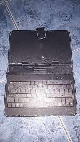 Funda-teclado tablet 7 Netmak Usb con lapiz