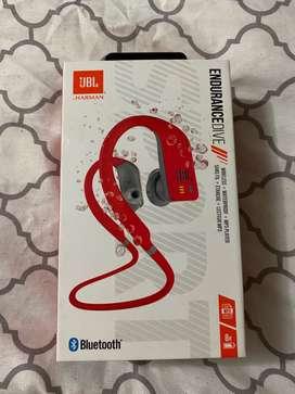 Vendo auriculares audífonos JBL resistentes al agua