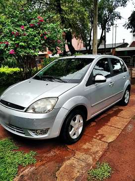 Ford Fiesta 2006 Full