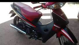 Vendo moto ya impecable