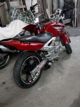 Honda Twister 300cc