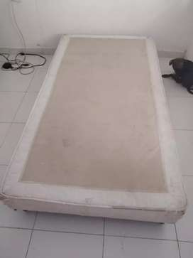 Base cama sencillo
