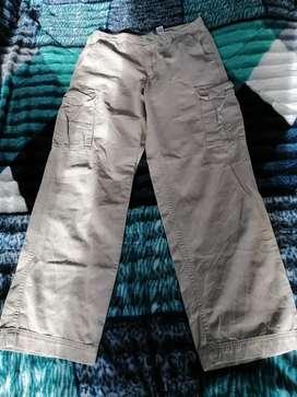 Pantalón cargo marca covington talla 32