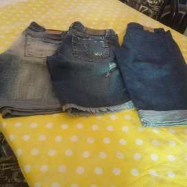 Vendo 3 bermudas de jeans