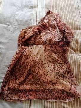 Vendo hermoso vestido/blusa Animal Print, talla L.