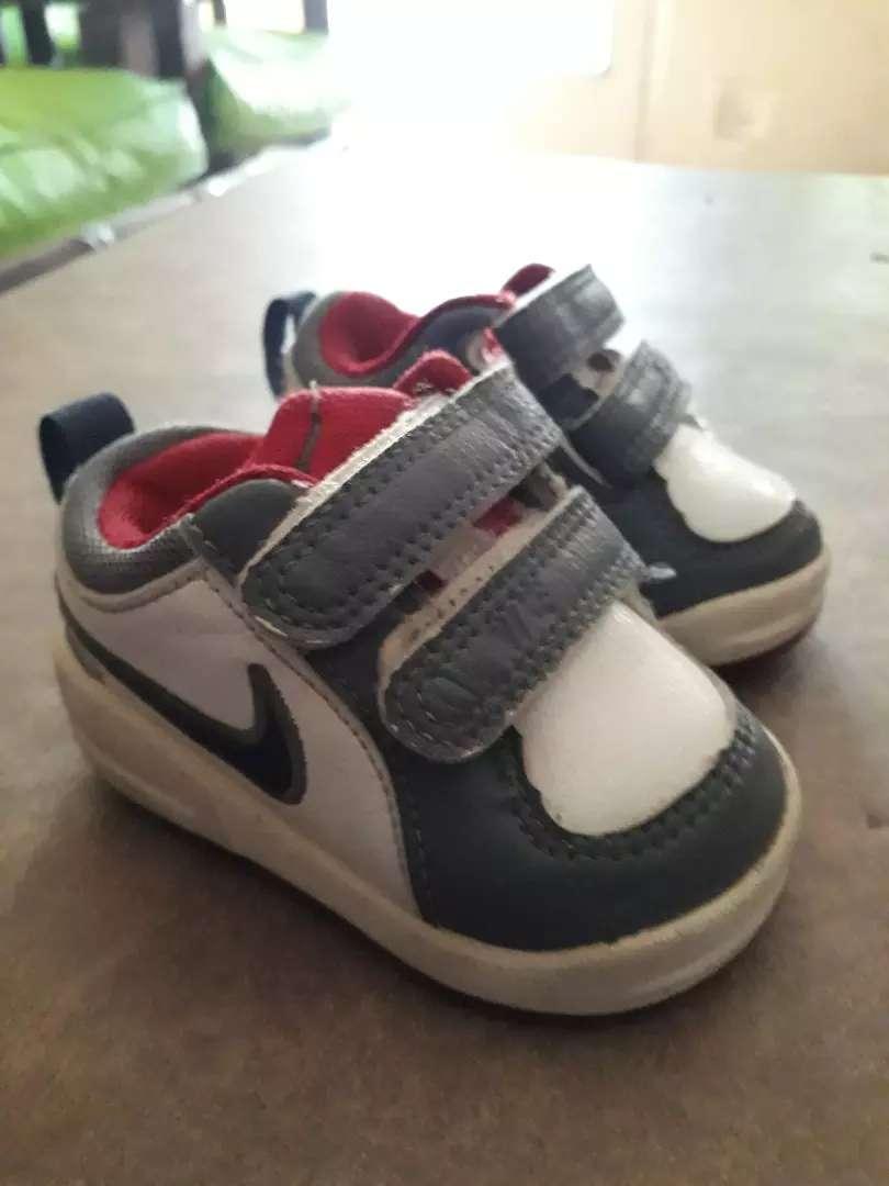 Zapatilla de bebe talle 17 Nike 0