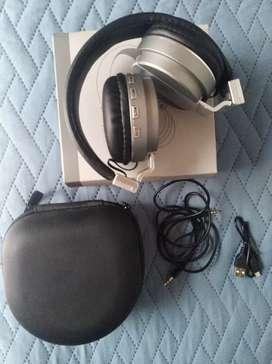 Audífonos startechno