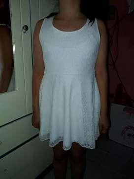 Vendo vestido de nena talle 12 impecable  sólo un uso