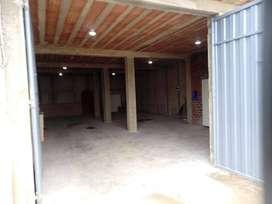 Alquilo local en Chorrillos/120 m2