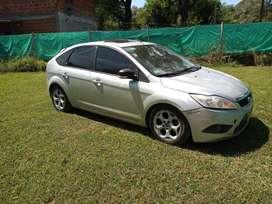 Ford focus ghia 2011