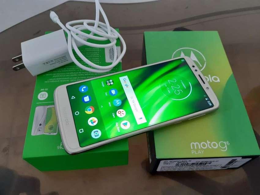 Motorola G6 Play Full en Caja Y Cargador 0