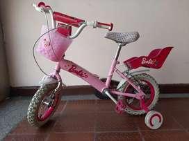 VENDO Bicicleta Infantil  modelo BARBIE 16 V19 en Perfecto Estado