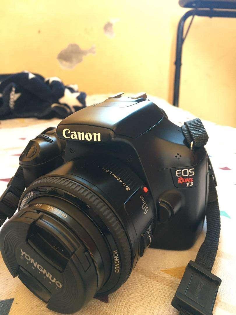 Canon Eos Rebel T3 0
