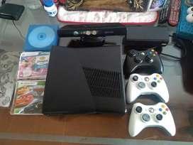 Xbox 360 3.0 con 3 controles + kineck+ 20 juegos